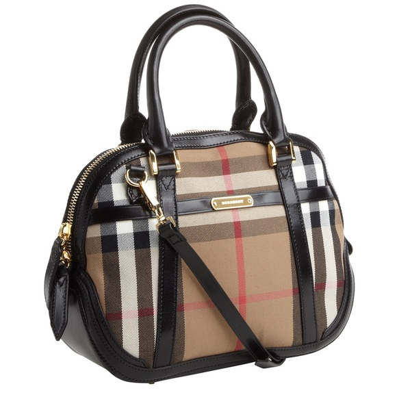 450816e9310f Burberry Handbags - Like New condition Burberry house check orchard